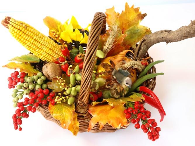 Осенние композиции из овощей и цветов